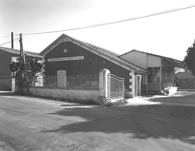 17-Fontaine-des-Veuves-1a (Laiterie coopérative)