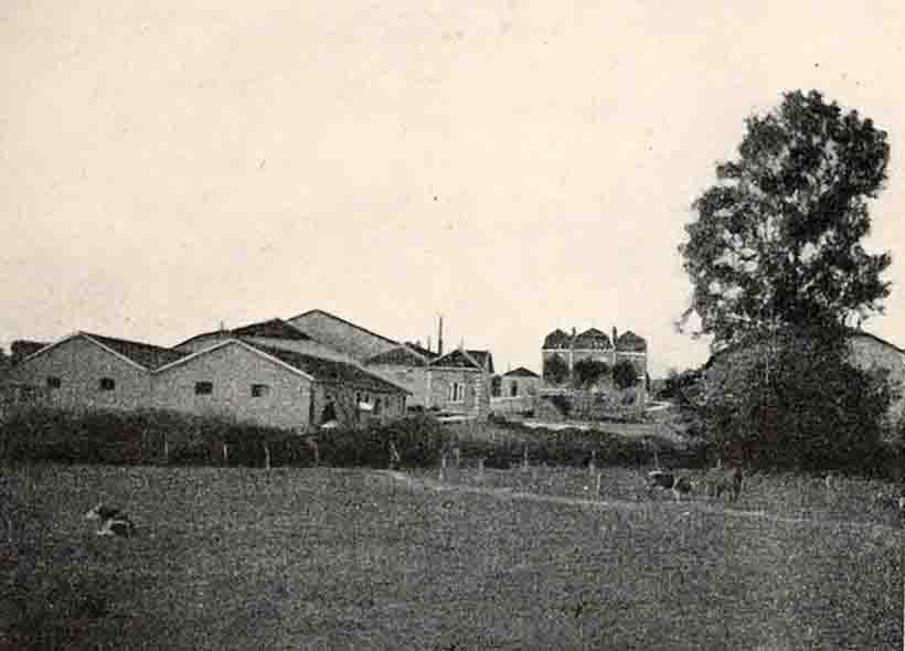 55-la-Grange-le-Comte vue générale (Robat)