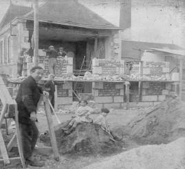 89 construction bureaux laiterie avril 1928 2